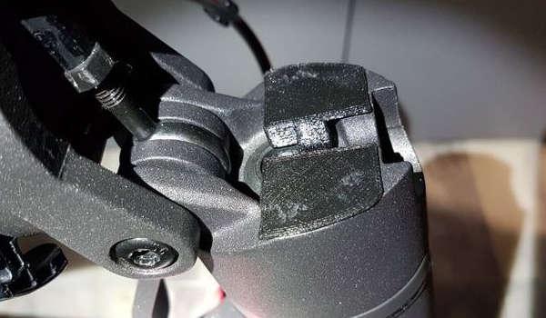 Olvidate de holgura del manillar en el patinete Xiaomi M365
